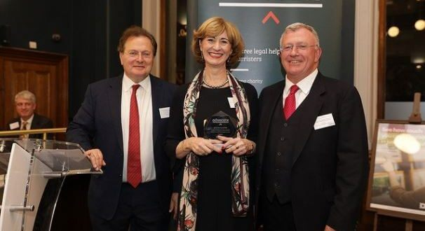 Deborah Anderson wins Staff Member of the Year Award at the Bar Pro Bono Awards 2018